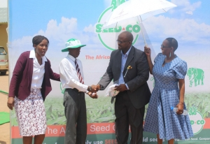 Best Agriculture Student Receives His Award